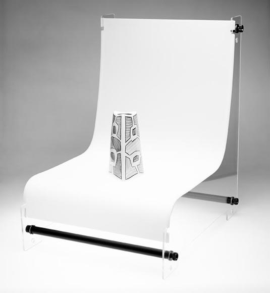 Бестеневой предметный стол Foba DIMIC L
